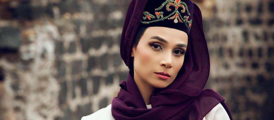 Photographer Manvel Harutyunyan. Obscura Studio. Armenian Ani Zaqaryan, National costume from the Teryan Cultural Center